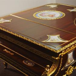 1902 Louis XV grand piano restored by Amro
