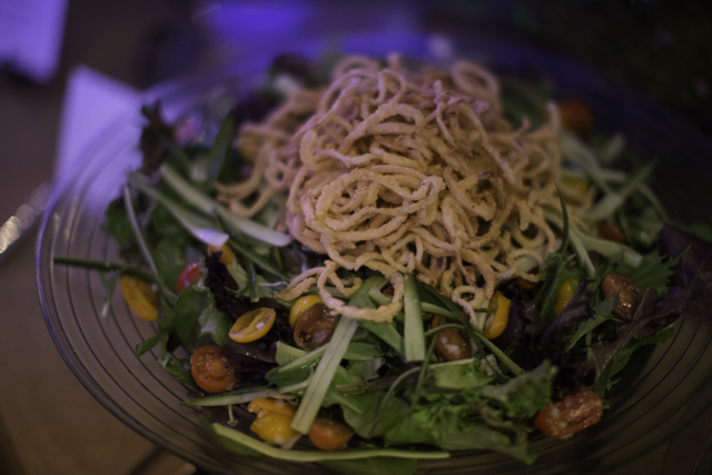 salad with fried onions