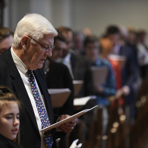 Singing hymns on Easter Day