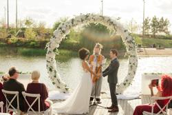 /assets/2511/jtp041021-jason-megan-wedding-sneak-peeks-36_websize.jpg