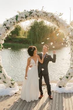 /assets/2511/jtp041021-jason-megan-wedding-sneak-peeks-64_websize.jpg