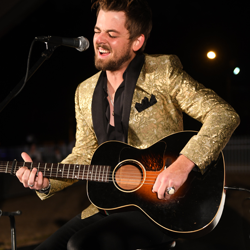 Chase Bryant performed a few of his hits, plus some Christmas tunes, at the lighting ceremony.