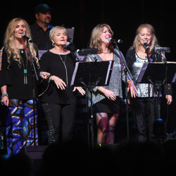 The Holladay Sisters and Donna Rhodes Morris, plus her daughter Savannah, performed at the American Sound Studio concert.