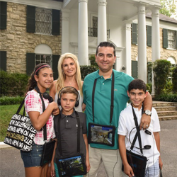 """Cake Boss"" star Buddy Valastro and his family"