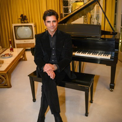 Actor and Elvis fan John Stamos was the special guest at the 2014 Graceland Lighting Ceremony.