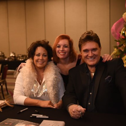 TG Sheppard and his wife, Kelly Lang, greeted fans after the Elvis Birthday Brunch.
