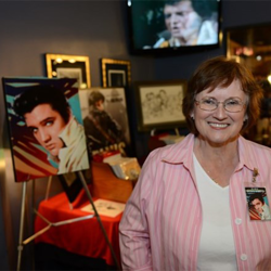 Elvis artist Betty Harper greeted fans at Elvis Week.