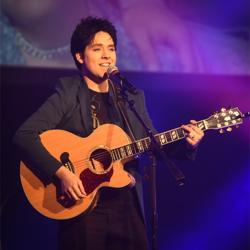 Jamie Kelley performs at the Elvis Love Songs concert.