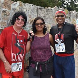 Elvis fans took to Elvis Presley Boulevard to race in the Elvis Presley 5k.