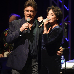 TG Sheppard and Kelly Lang performed at The Guest House at Graceland during Elvis Week.