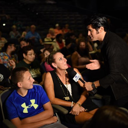Dean Z interviewed fans before the Ultimate ETA Contest Showcase.