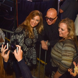 Paul Shaffer took the time to post for photos with fans following the ceremony.