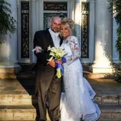 Brandon and Carol Scott of Memphis, Tennessee, were married at Graceland's Chapel in the Woods on October 22, 2016.