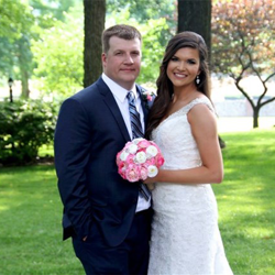 Ashley Davidson and Justin Owen of Choudrant, Louisiana were married at Graceland