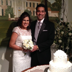 Beverly and Sanjeev Kumar were married at the Chapel at Graceland on February 14, 2015.