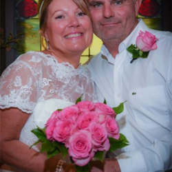 Patricia and Jason Widdows of Broadstairs, Kent, UK, renewed their vows at the chapel on September 24, 2015.