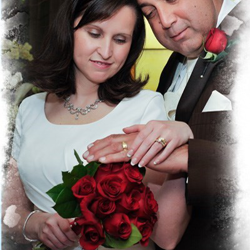 Missy Dills and Tim Martin from Dohlonega,Georgia, were married at Graceland