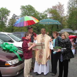 2015 Outreach - Car Blessing