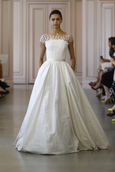 Oscar de la renta spring 2016 bridal collection for Oscar de la renta lace wedding dress