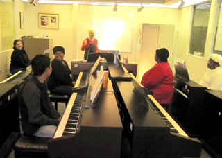Adult class piano lessons | Amro Music, Memphis