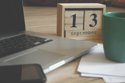 laptop, calendar, coffee cup, Photo by Aleksandar  Cvetanović