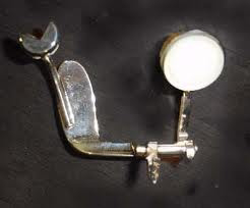 Clarinet key for repair