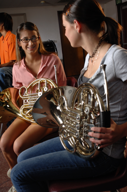 Band students with French horns