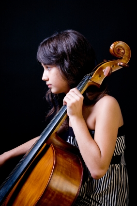 Picture of Girl Playing the Cello