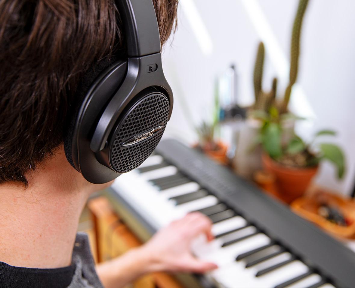 fp30x-headphones