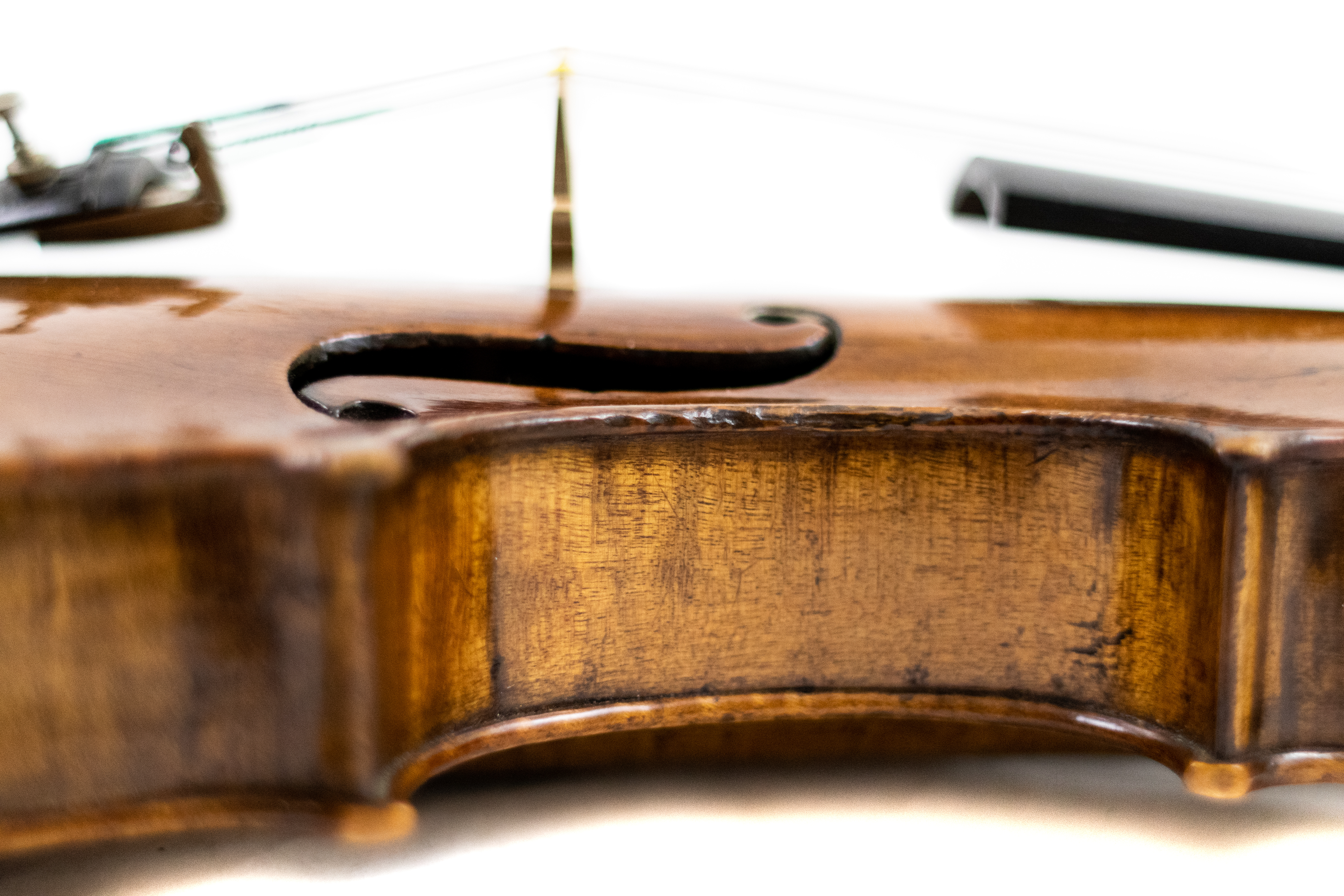 a side view of one of Amro's many performer violins