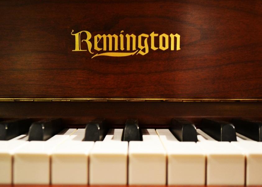 Amro Music Remington 43 Quot Cherry Satin Console Piano Sold