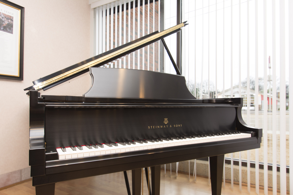 how to move a steinway grand piano