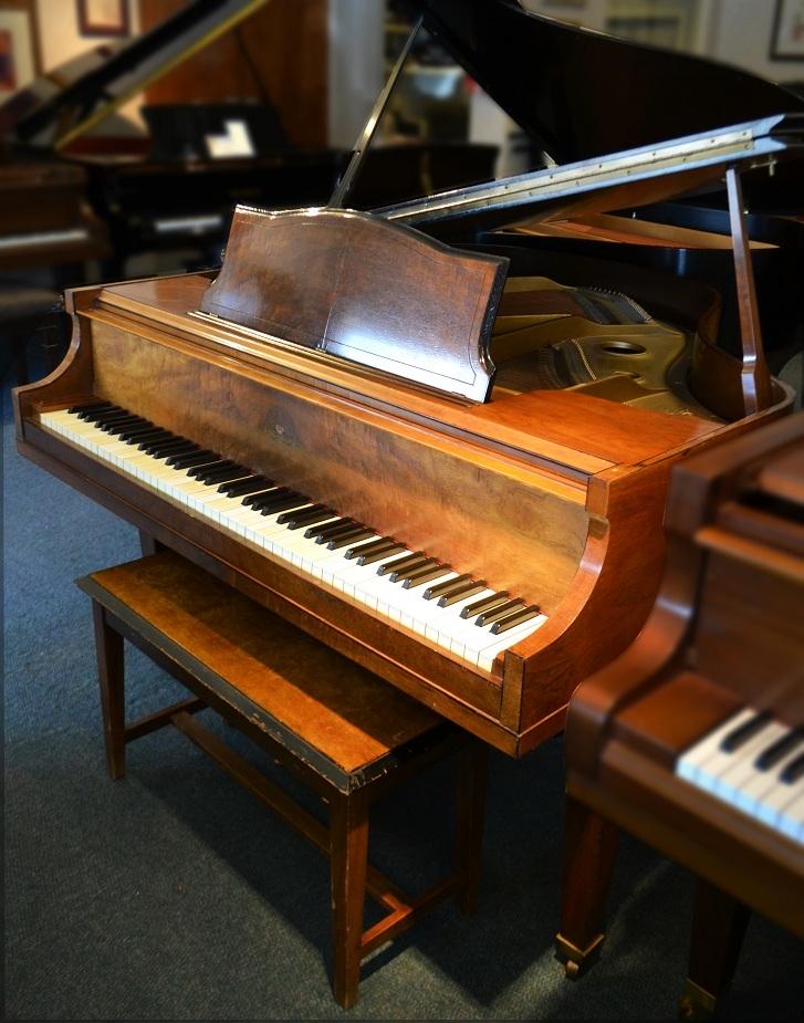 Amro music wurlitzer 4 39 6 burled walnut petite baby grand for Baby grand piano height