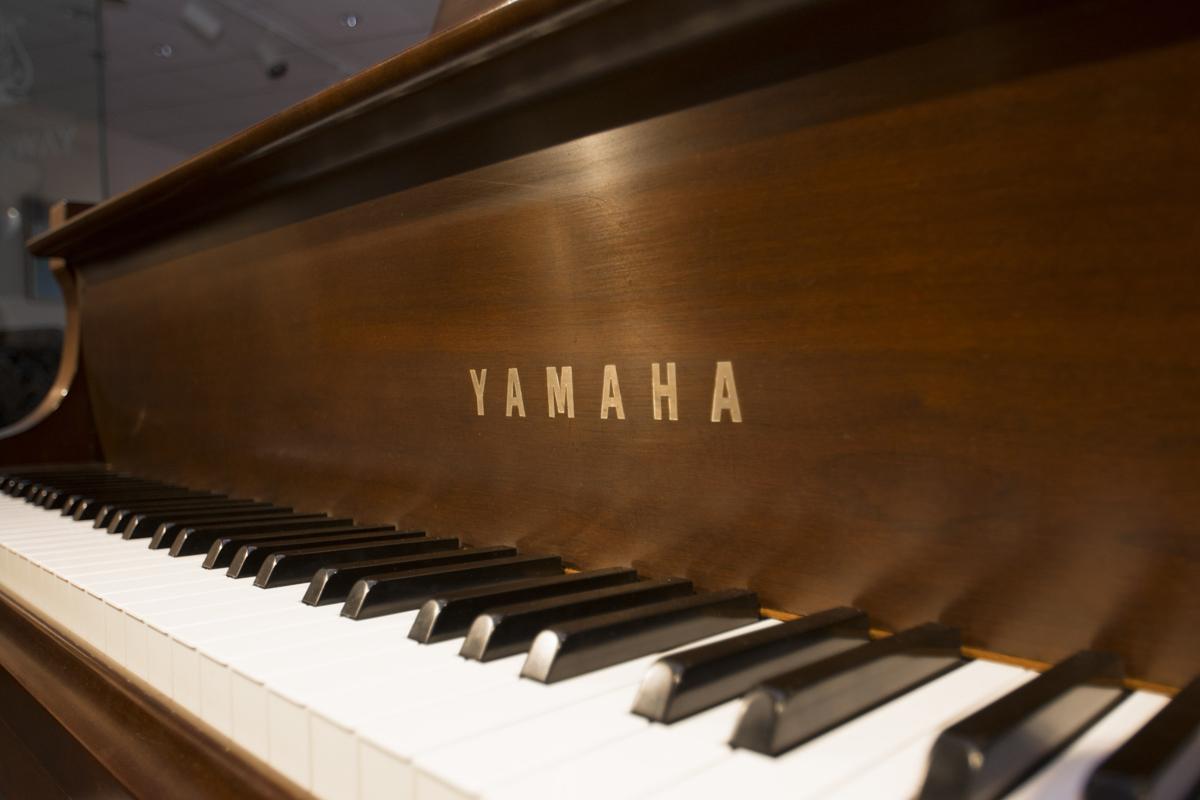 Amro music yamaha c3 6 39 1 grand piano for Yamaha c3 piano price