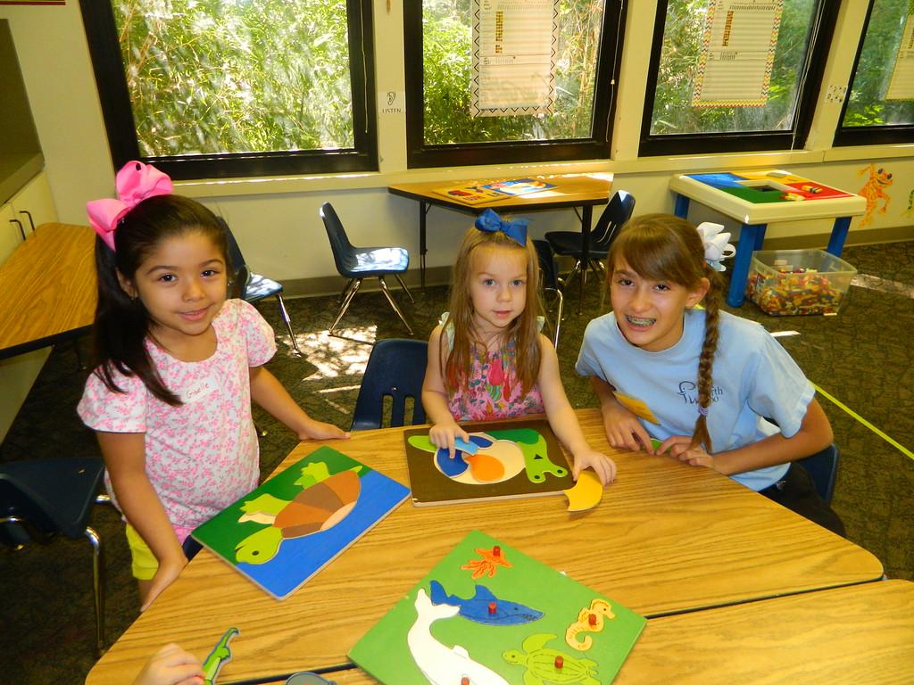 Home School Art Class image