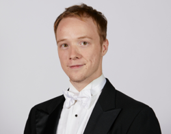 Andrew Laven<br><em><strong>Assistant Principal Cello</strong></em>