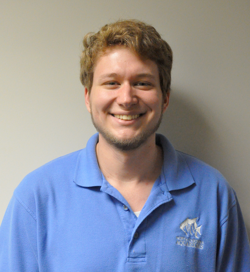 Andrew Johnson, aquarist technician and 2016 Sea Star Award winner