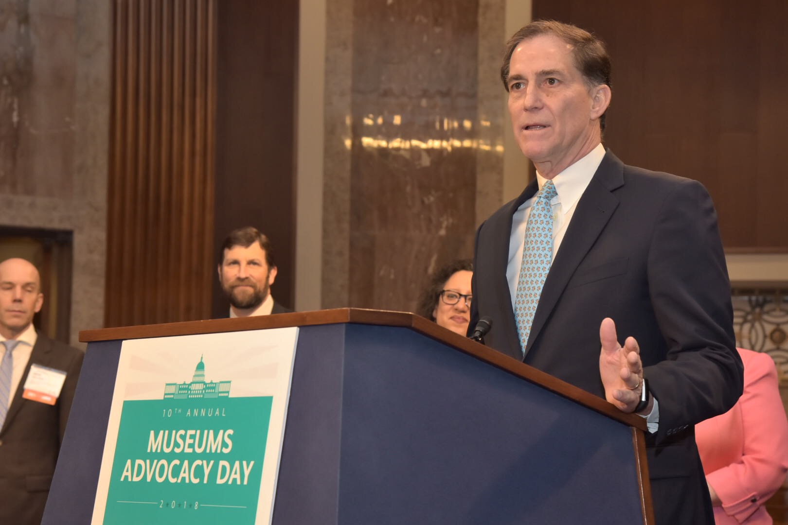 Image of Dan Ashe speaking at the American Alliance of Museum's Museums Advocacy Day.