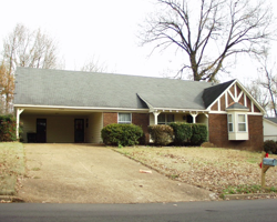 HARDWOOD FLOORS & SPACIOUS WITH $28,500 REHAB!