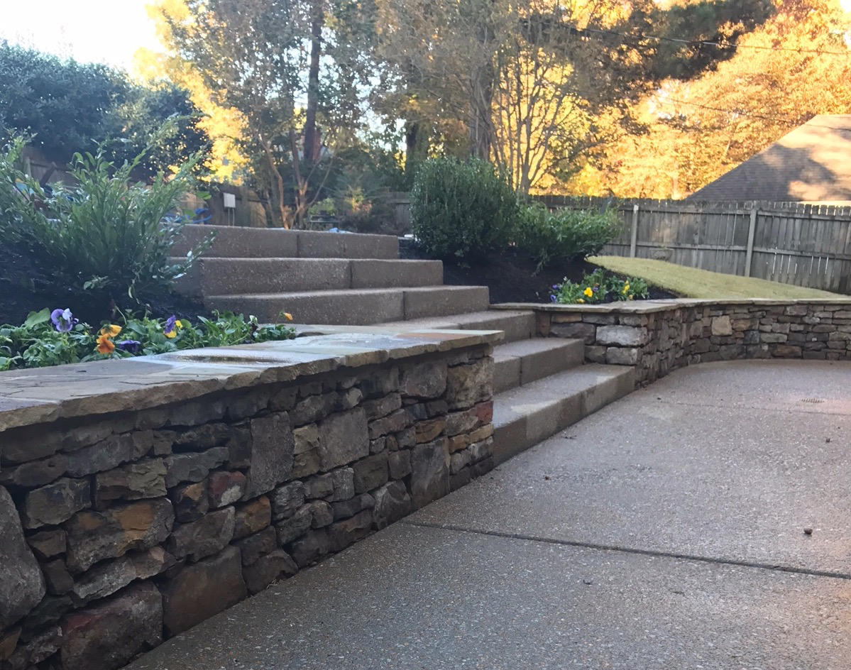 Professional Retaining Wall