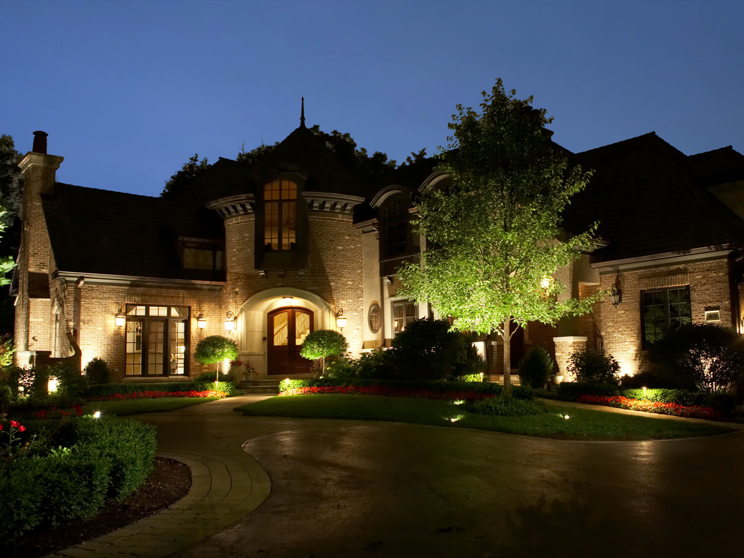 Memphis outdoor lighting