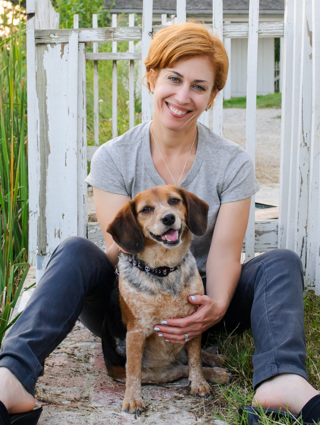 Tracy Krulik with dog Emma