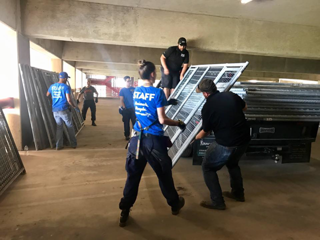 HRA team setting up emergency shelter in Dallas