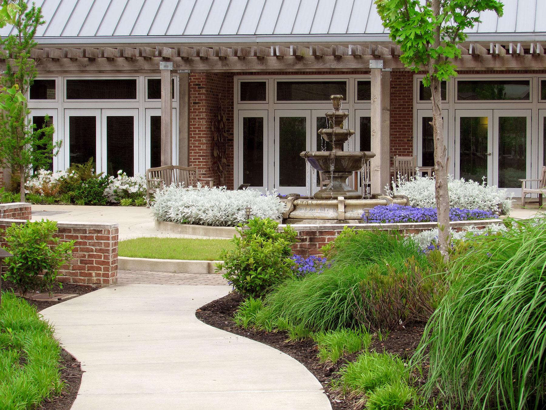 Mid South Landscaping | Greenscape, LLC   Memphis, TN