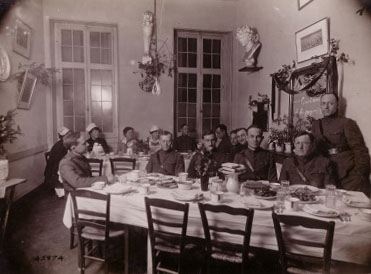 Officers' and Nurses' mess at Camp Hospital #28, Nevers, France, December 28, 1918. Signal Corps Photograph, #45874.