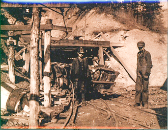 Young boys working at the Coal Creek Mine in East Tennessee in 1910 by Lewis Hine, Tennessee State Museum Collection.