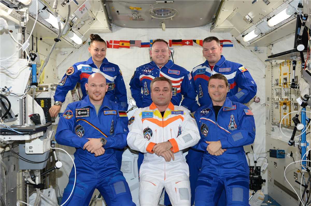 Flight Crew of Expedition 41,Tennessee State Museum Collection.