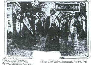 Ida B. Wells marching with the Illinois delegation (Chicago Daily Tribune)
