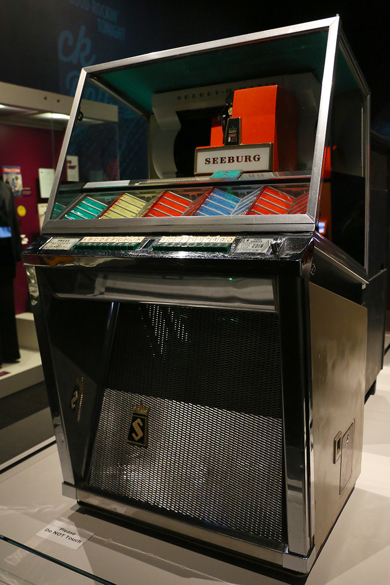 Seeburg Jukebox in The State of Sound exhibit.