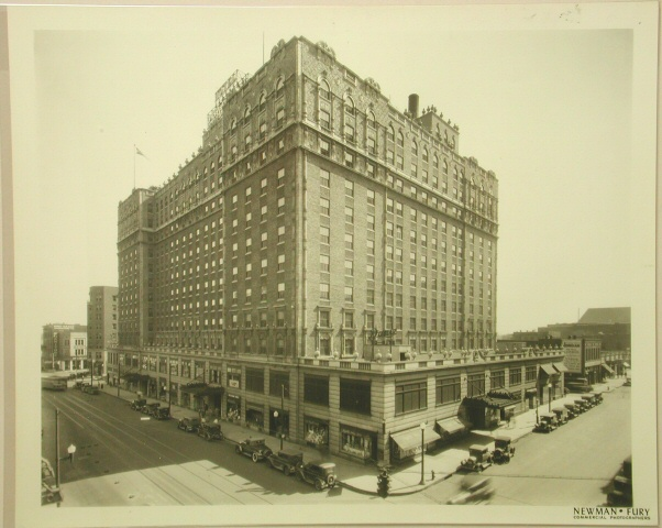 Image of the Peabody Hotel. Tennessee State Museum Collection.